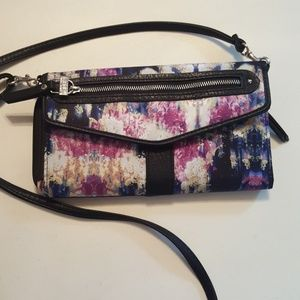 Nicole Miller cross body purse